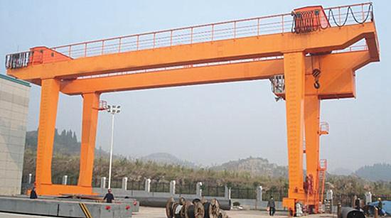 Double girder gantry crane in U style